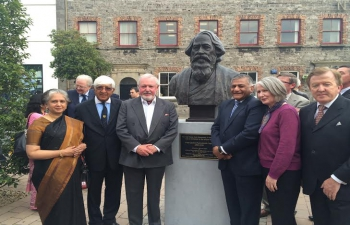 MOS(VKS) at unveiling of bust of Rabindranath Tagore at Sligo