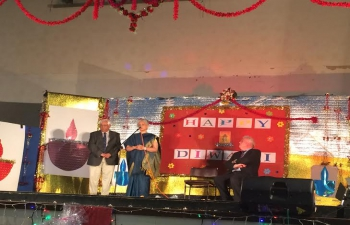 Ambassador Smt. Radhika L. Lokesh speaking at Diwali function organised by Indian Community, 14 November 2015